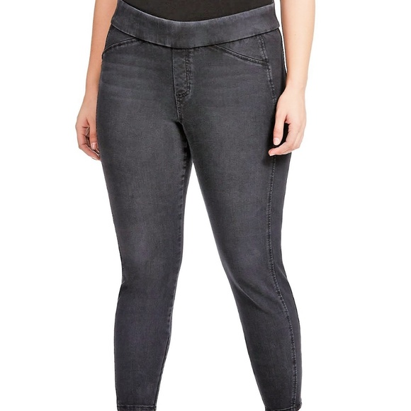 8a0fed7150a RWN BY RAWAN gray DISTRESSED PULL ON SKINNY JEANS.  M 5bf6dc137386bc855424ed8b